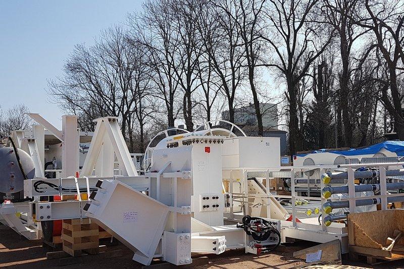 Pierwsze części dużej maszyny TBM do drążenia tuneli już w Łodzi