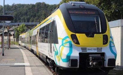 Alstom zaprezentował w Saksonii pociąg zasilany akumulatorem