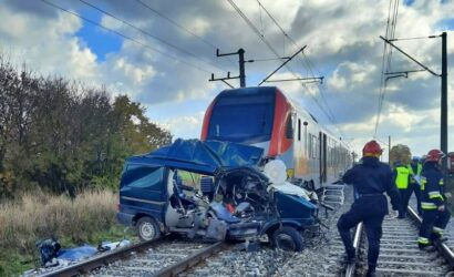 Łódzkie: śmiertelny wypadek na niestrzeżonym przejeździe kolejowym