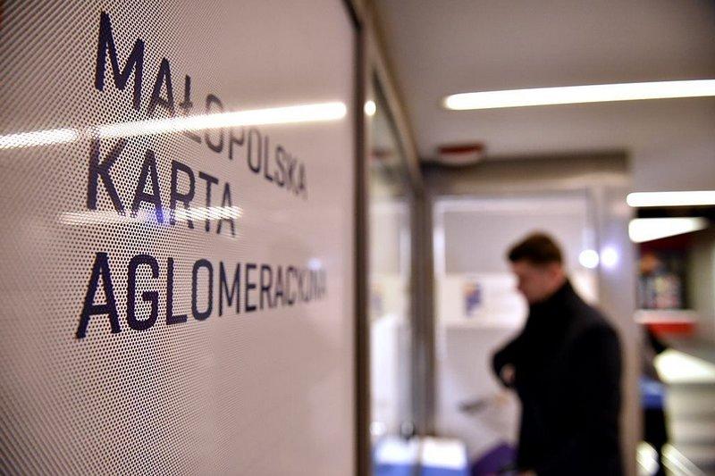 Można już kupić Małopolską Kartę Aglomeracyjną w budynku Dworca Głównego