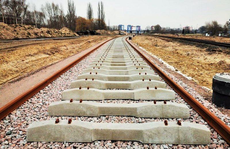 Dobre tempo prac przy modernizacji torów do trójmiejskich portów