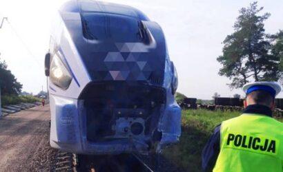 Podlaskie: dostawczak wjechał pod pociąg relacji Wrocław – Białystok