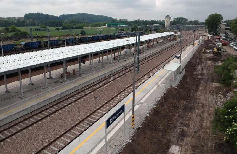 Nowe perony w Krzeszowicach