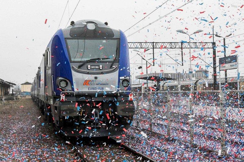 """Prezes UTK dopuścił do eksploatacji lokomotywy typu E4DCU """"Griffin"""""""