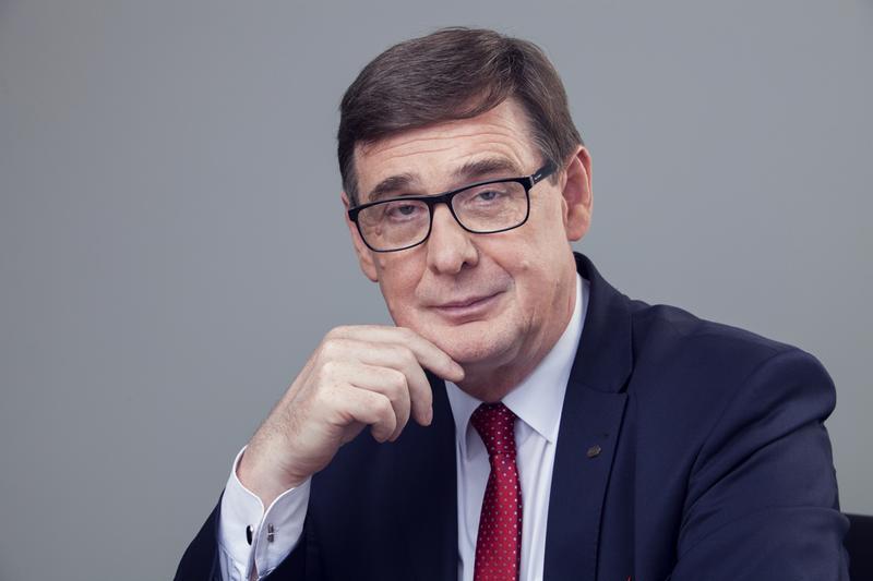K. Mamiński: należy poważnie rozważyć wdrożenie struktury holdingowej na polskiej kolej