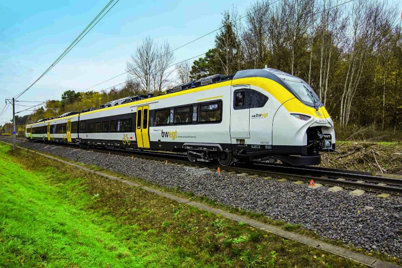 Pociągi Mireo i Desiro HC dla Doliny Renu rozpoczęły kursowanie