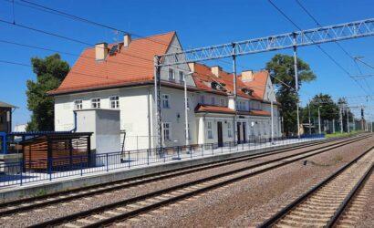 Pasażerowie mogą już korzystać z przebudowanego dworca w Prabutach
