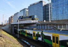 Wiadukt na Warszawie Głównej sprawdziła ciężka lokomotywa