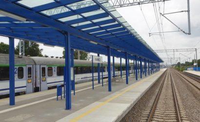 Na linii Poznań – Wrocław coraz łatwiej można korzystać z kolei