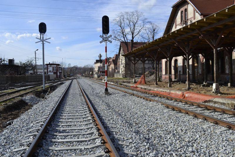 Kończą się prace na pierwszym odcinku linii Świdnica – Sobótka