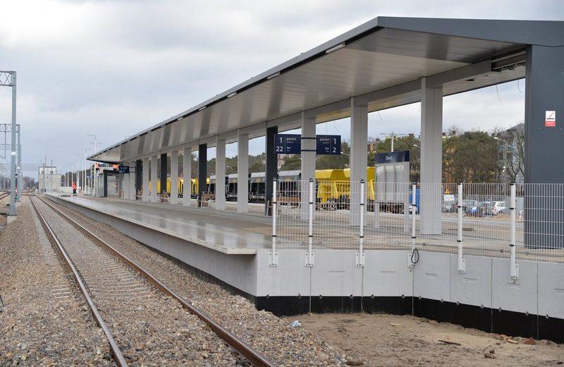 W Otwocku kończy się budowa ostatniego z trzech peronów