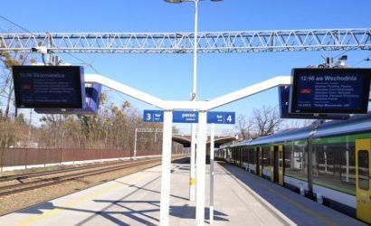 PLK wyposażyły w SDIP przystanki na linii Warszawa – Grodzisk Maz.