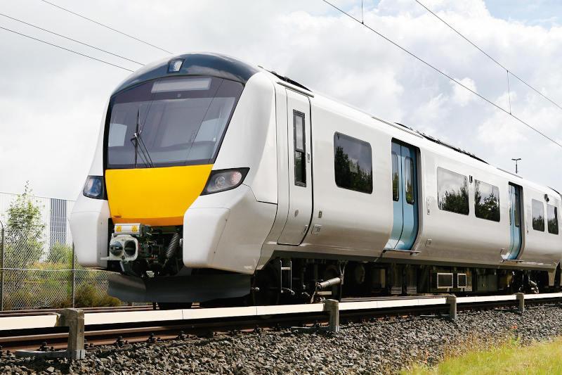 Siemens Mobility pomaga w utrzymaniu dystansu między pasażerami w pociągach