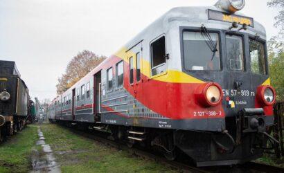Łódzkie przekazało do Skansenu w Zduńskiej Woli skład EN57-919
