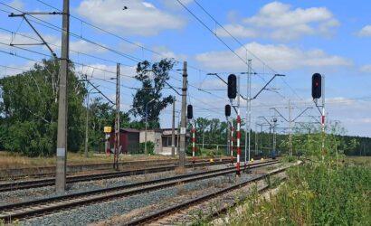 PLK wymieniły semafory kształtowe na świetlne w północnej części stacji Florek