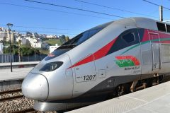 Pociąg Al Boraq 1013 na stacji Tanger Ville