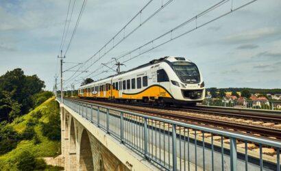 Przemek Corso nowym lektorem w pociągach Kolei Dolnośląskich