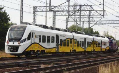 Pierwszy hybrydowy pociąg Kolei Dolnośląskich już na testach w Żmigrodzie