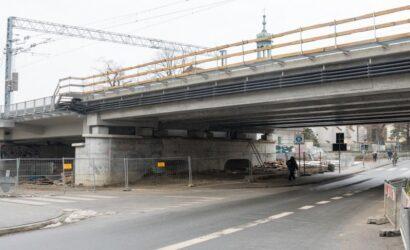 Kraków: trwa przebudowa wiaduktu nad ul. Kopernik