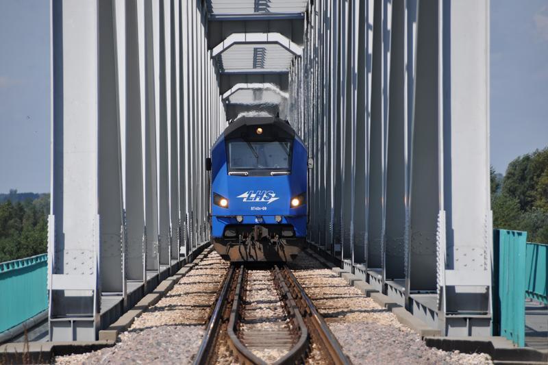 PKP LHS zregularnym połączeniem zChin do Mediolanu
