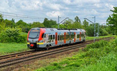 Wakacyjna korekta rozkładu jazdy pociągów ŁKA
