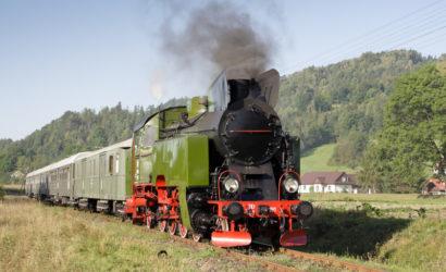 Wakacyjne przejazdy retro z Chabówki do Mszany Dolnej i Kasiny Wielkiej