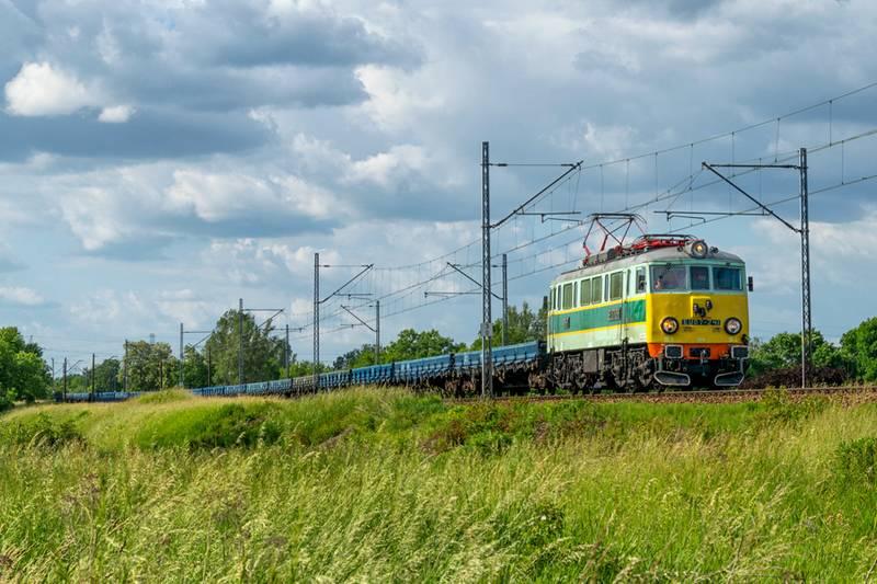 W I kwartale 2021 r. koleją przewieziono 56,7 mln ton ładunków