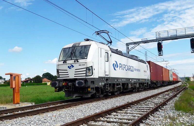 Pierwsze pociągi PKP Cargo International przejechały przez zmodernizowane przejście Hodoš