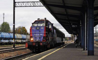 Dwie oferty na naprawy P4 lokomotyw SU4210 PKP Intercity