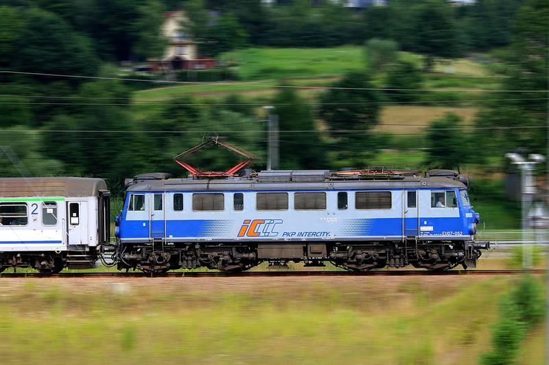 Ponad 192 mln zł straty PKP Intercity w 2020 r.