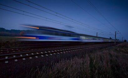 Pociągi PKP Intercity w noc zmiany czasu na zimowy