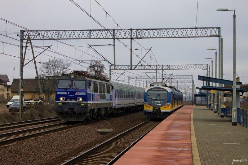 UTK przeanalizował przyczyny opóźnień i odwołań pociągów