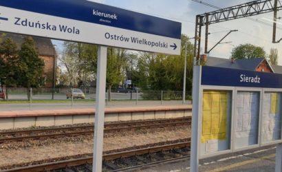 Nowe oznakowanie i wiaty na 35 stacjach w województwie łódzkim