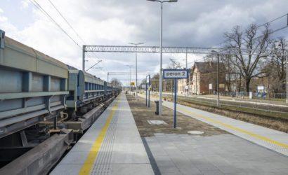 Trwa przebudowa stacji we Wronach
