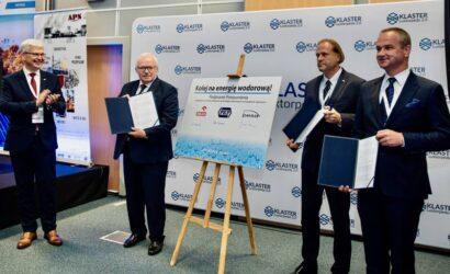 Grupa PKP, PKN ORLEN i Pesa będą współpracować na rzecz wdrożenia technologii wodorowych w transporcie szynowym