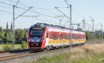 Województwo Łódzkie podpisało z Polregio 8-letnią umowę