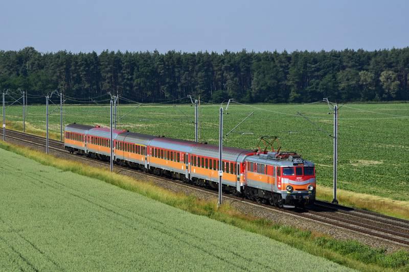 Dokąd na wakacje pociągiem Polregio?