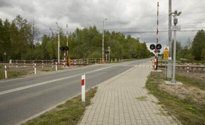 Kamery non stop obserwują blisko 1800 przejazdów kolejowych