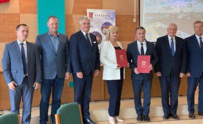 Podpisano porozumienie ws. budowy portu przeładunkowego w Grzybowie przy linii LHS