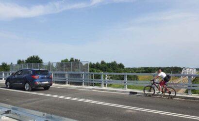 Kierowcy w Warce korzystają już z nowego wiaduktu