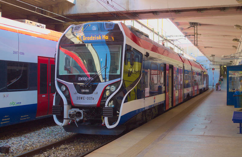 WKD zainstalowała mobilne automaty biletowe w pociągach