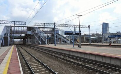 Jeszcze w sierpniu skorzystamy z kładek na stacji Warszawa Gdańska