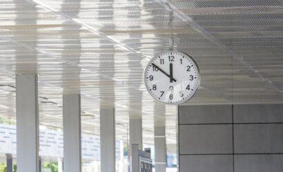 Zmiana czasu także na kolei